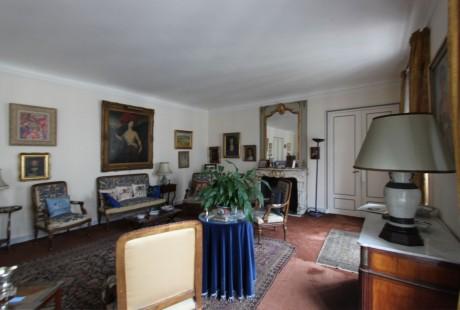 RENOVATION_APPARTEMENT_PARIS_SALON01_AVANT