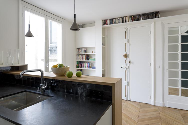 rénovation-appartement-paris 9 - cuisine entrée