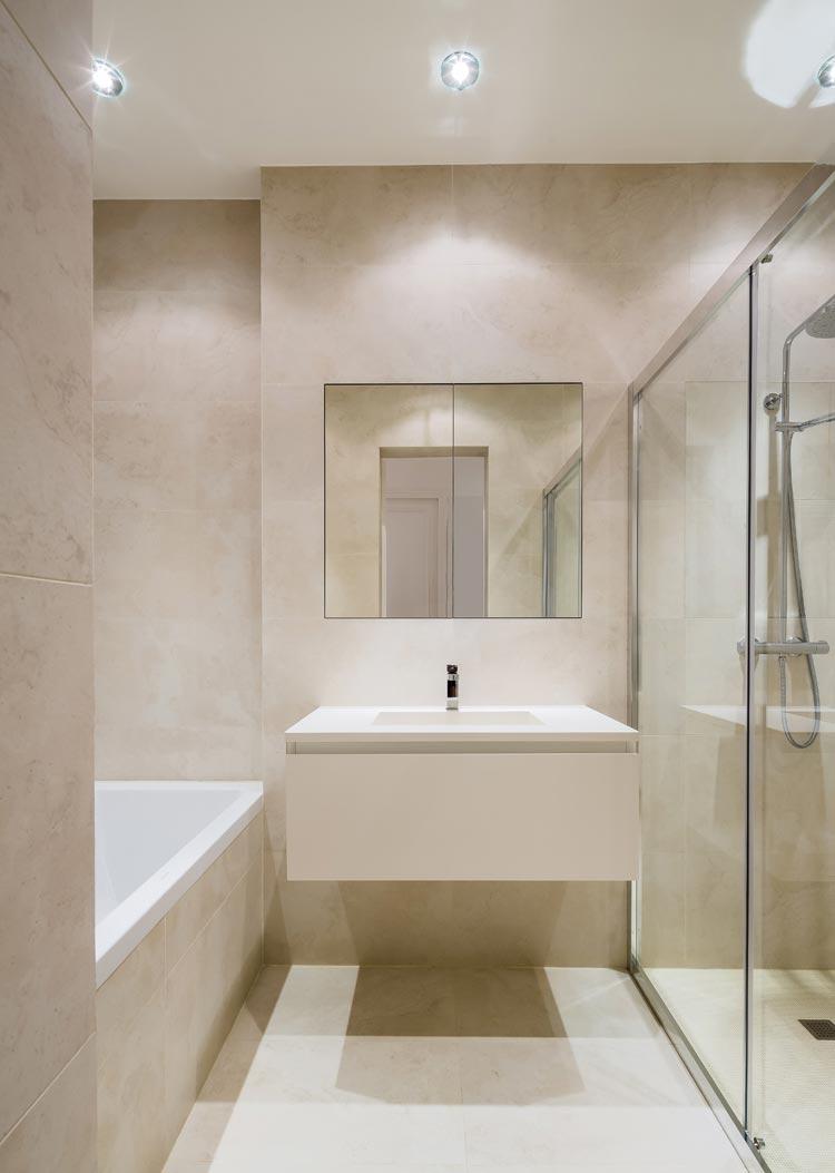 salle de bains ton pierre