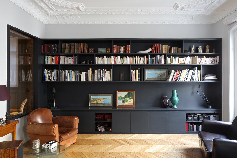 salon bibliotheque contemporaine sur mesure noir