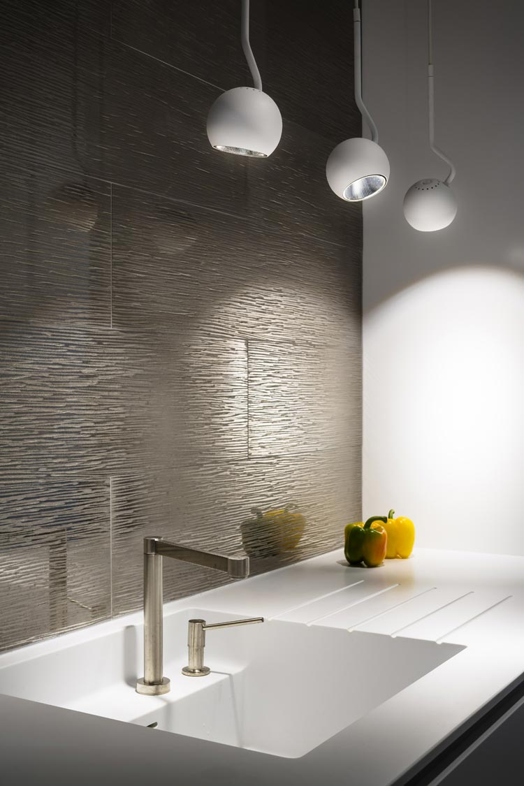 carrelage silver corian suspensions spin