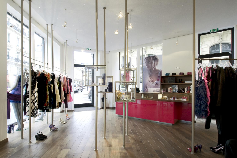 boutique vitrines surmesure accueil