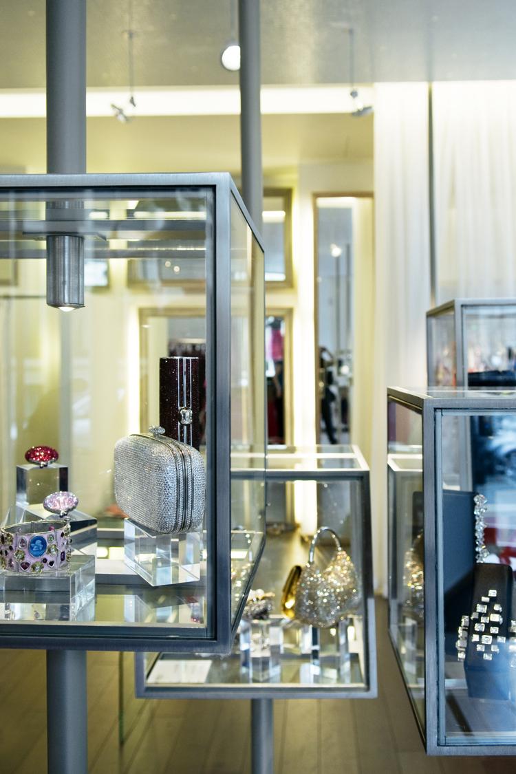 vitrine bijoux acier