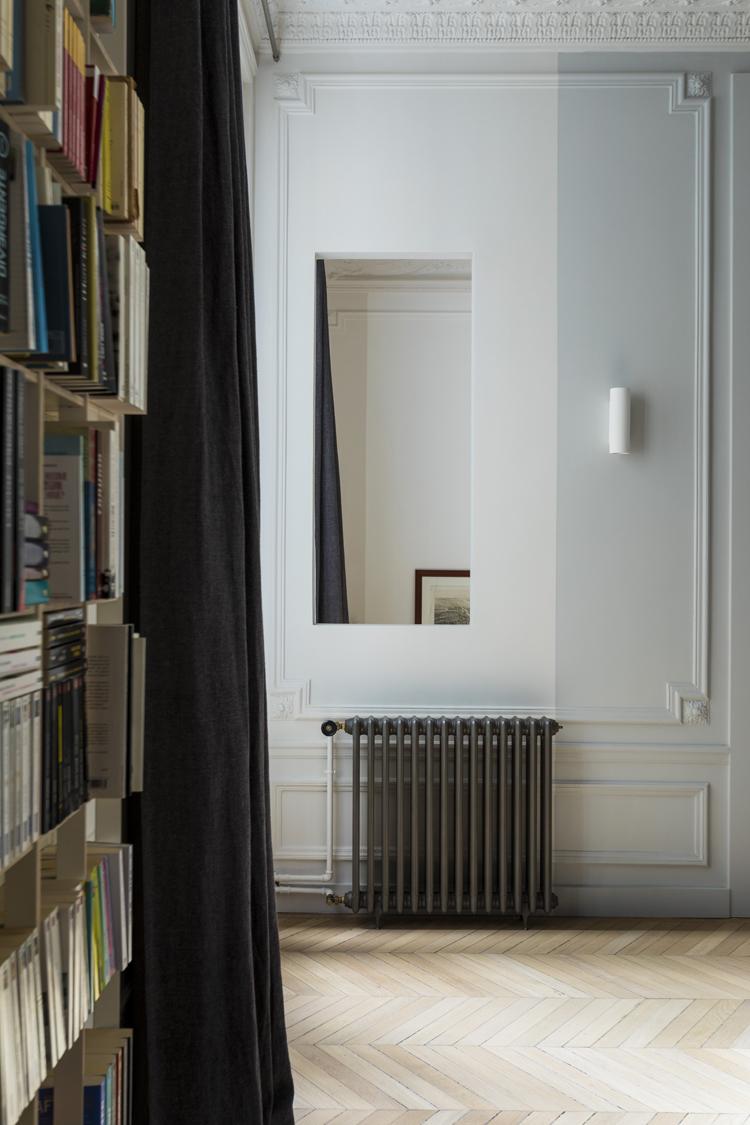 salon radiateur fonte vue interieure